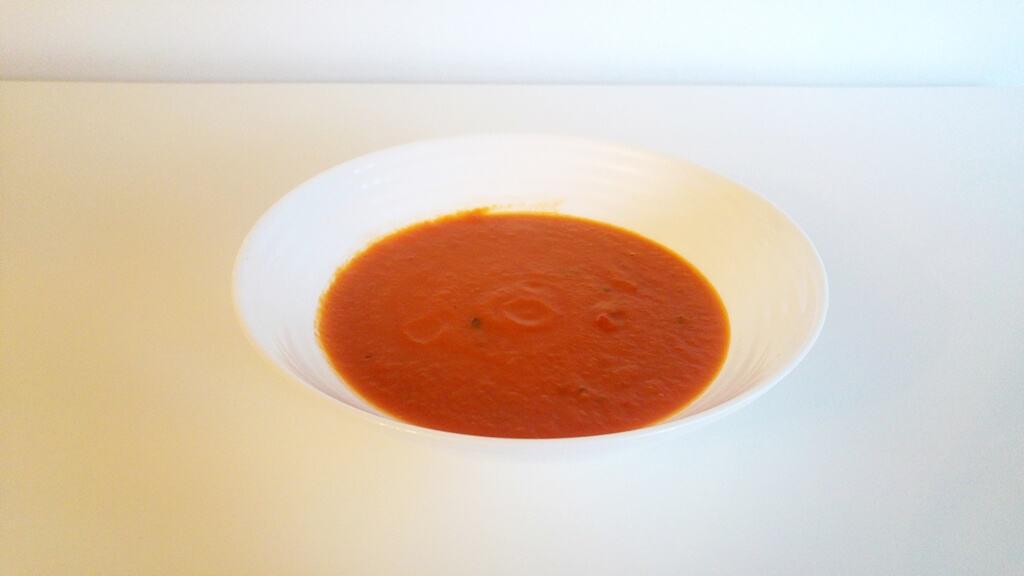 Pan Pomidor Zupa pomidorowa z bazylią