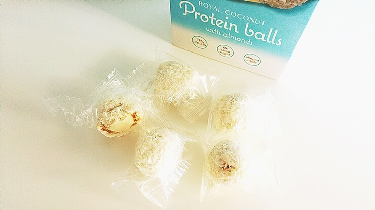 Protein Balls Coconut - kulki proteinowe z migdałem - wygląd produktu