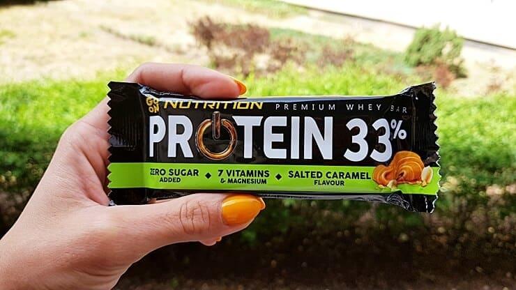 Baton GO ON Nutrition Protein 33% (słony karmel)