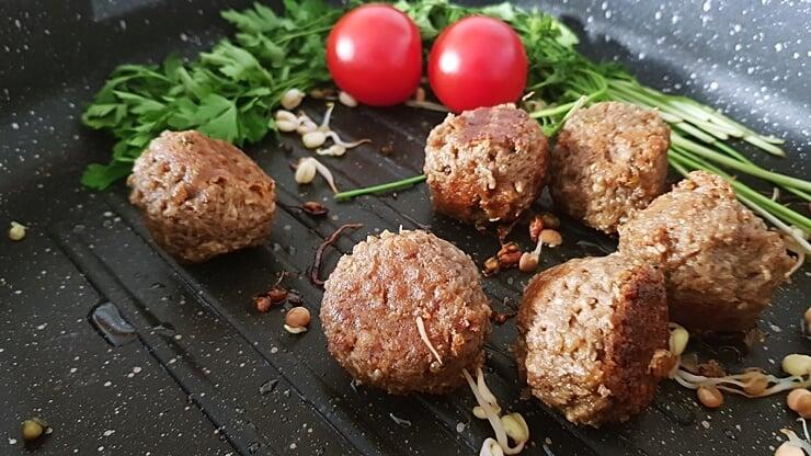 Roślinne klopsy klasyczne Dobra Kaloria - wygląd po przygotowaniu