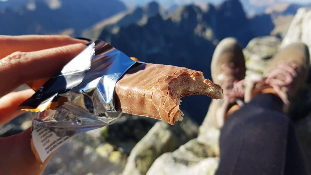 Baton proteinowy WEIDER 60% (salted peanut-caramel) - wygląd batonika