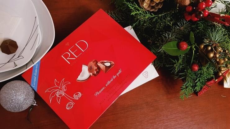Praliny RED Delight (z nadzieniem kokosowym)