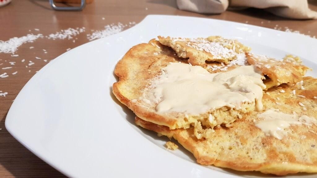 Masło biała czekolada & kokos, KFD na omlecie