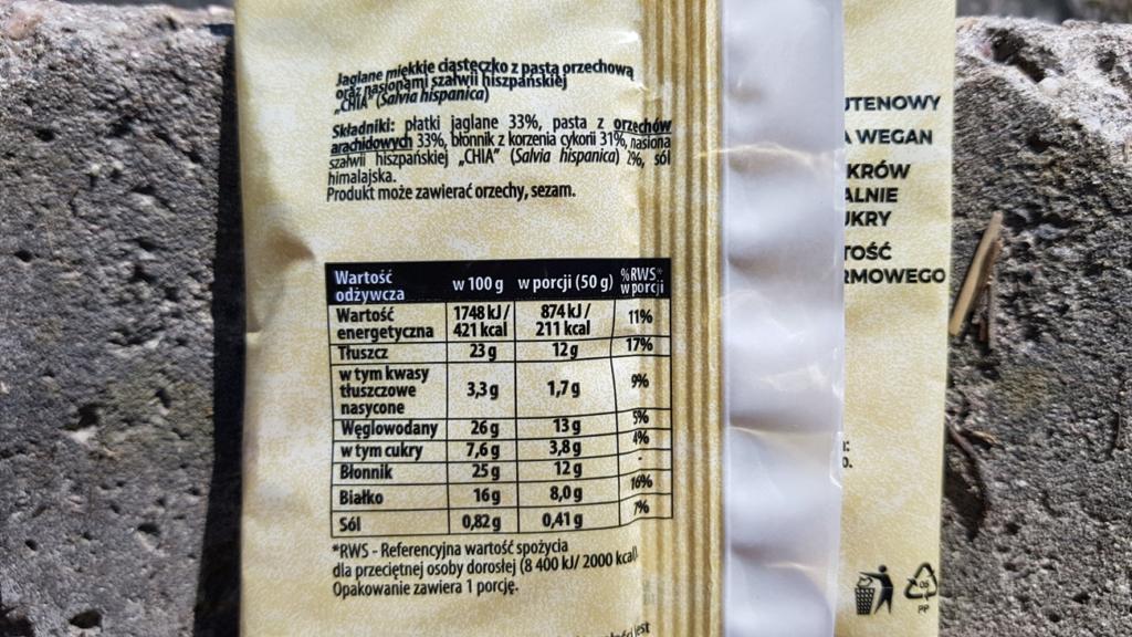 Ciastko jaglane Żabka Cafe (pasta orzechowa + chia) - skład i tabela wartości odżywczych